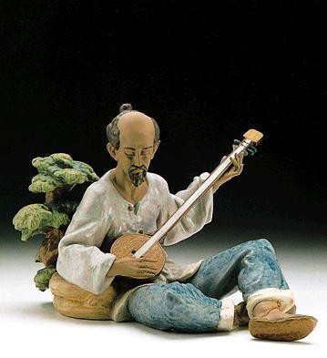 LladroAsian Melody 1996-99Porcelain Figurine
