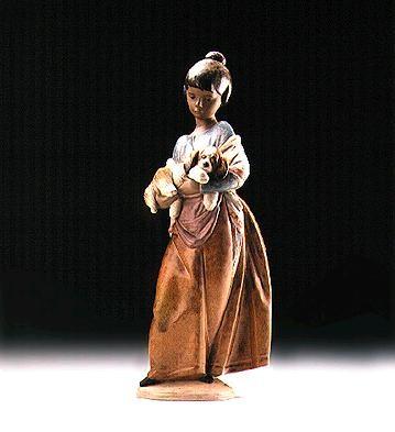 LladroPampered Puppy 1997-2000Porcelain Figurine
