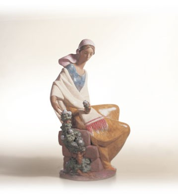 Lladro In The Country Porcelain Figurine