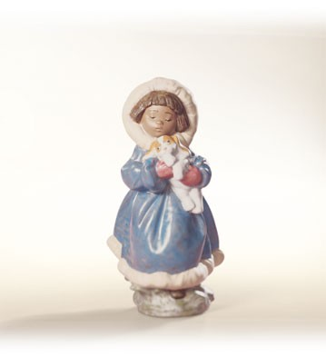 Lladro Keep Me Warm Porcelain Figurine