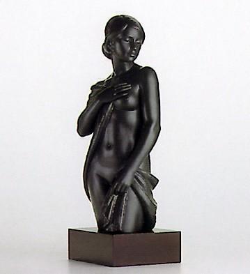 LladroModesty Le300 1994Porcelain Figurine