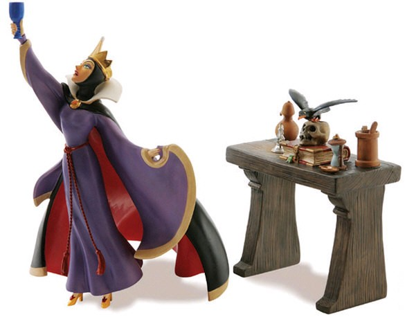 WDCC Disney Classics Snow White Evil Queen And Raven Now Begins Thy Magic Spell