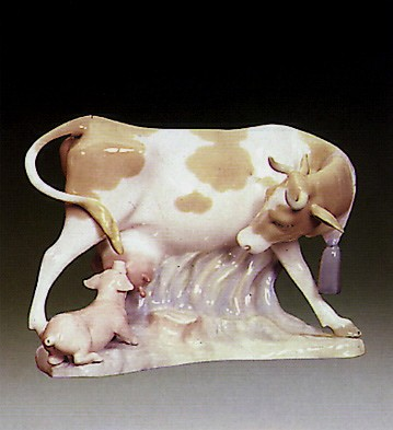 Lladro Cow With Pig 1969-81