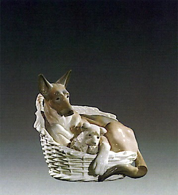 Lladro German Sherperd With Pup 1970-75 Porcelain Figurine