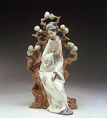 LladroGeisha 1972-93Porcelain Figurine