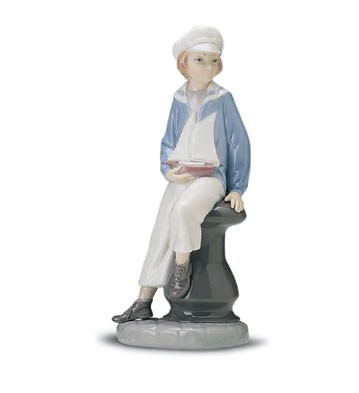 Lladro Boy With Yacht 1972-98 Porcelain Figurine