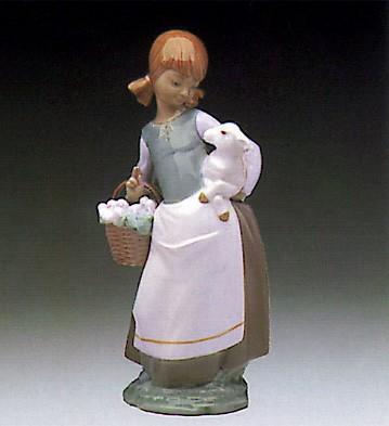 LladroGirl With Lamb 1972-91Porcelain Figurine