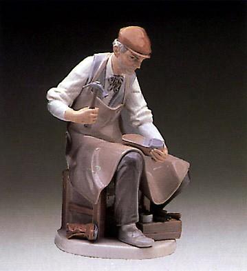 LladroCobbler 1973-85Porcelain Figurine