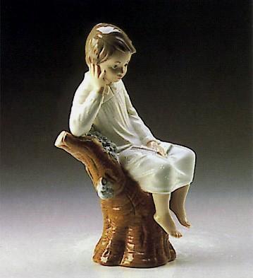 LladroLittle Boy Thinking 1974-93Porcelain Figurine