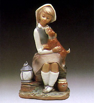 Lladro Girl With Lantern 1974-90 Porcelain Figurine