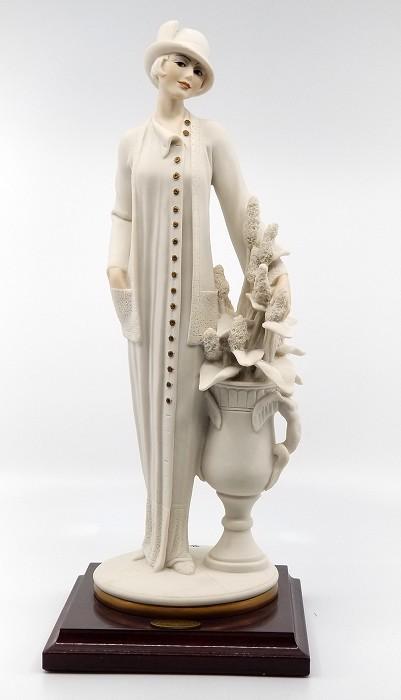 Giuseppe ArmaniElegant Lady