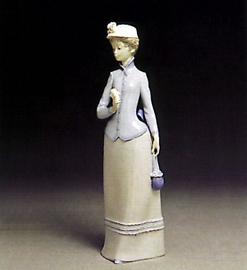 Lladro Miss Theresa 1978-83 Porcelain Figurine