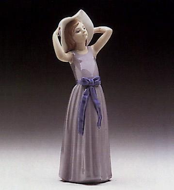LladroCoy 1978-1998Porcelain Figurine