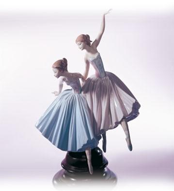 LladroMerry Ballet