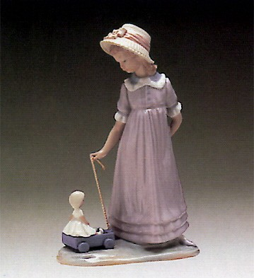 Lladro Girl With Toy Wagon 1980-97 Porcelain Figurine