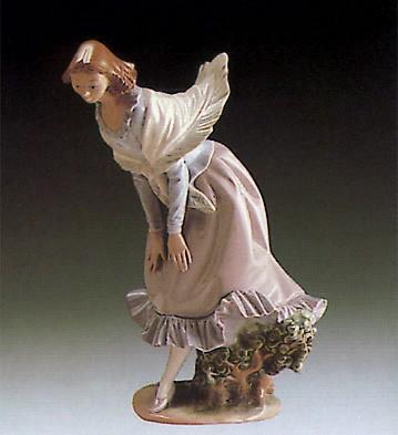 LladroMarch Winds 1980-83Porcelain Figurine