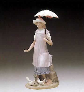 LladroSusan And The Doves 1982-91Porcelain Figurine