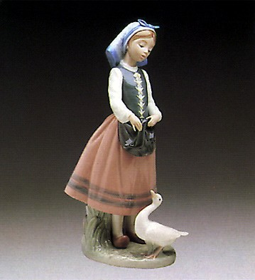 Lladro Josepha Feeding Duck 1984-91 Porcelain Figurine