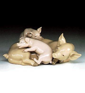 LladroPlayful PigletsPorcelain Figurine