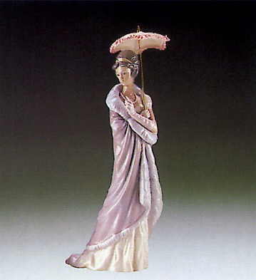 LladroMilanese Lady 1985-94Porcelain Figurine