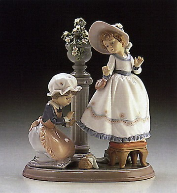Lladro A Stitch In Time  1986-97