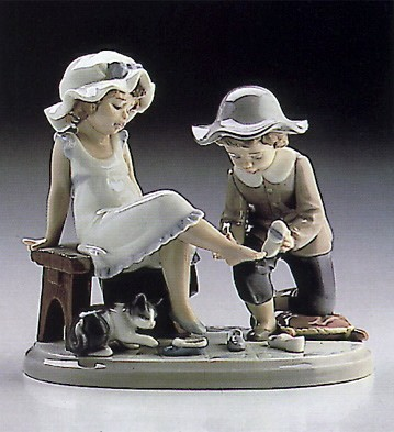LladroTry This One 1986-97Porcelain Figurine
