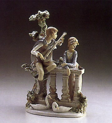 LladroSerenadePorcelain Figurine