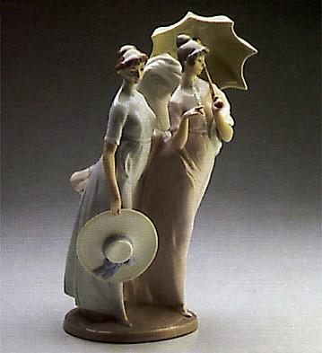 LladroA Sunday StrollPorcelain Figurine