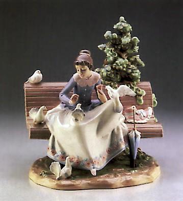 LladroFeeding The Pigeons  1987-89Porcelain Figurine