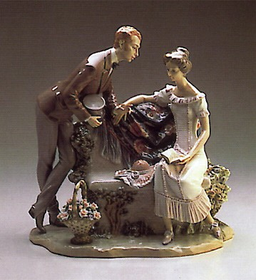 LladroWill You Marry Me ? 1987-94Porcelain Figurine