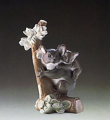 LladroKoala Love 1988-93Porcelain Figurine