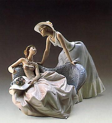 LladroDebutantes 1988-97Porcelain Figurine
