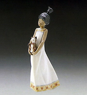 Lladro Close To My Heart 1989-97 Porcelain Figurine