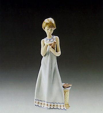 LladroCalling A Friend 1989-97Porcelain Figurine