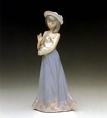 LladroElizabeth 1990-98Porcelain Figurine