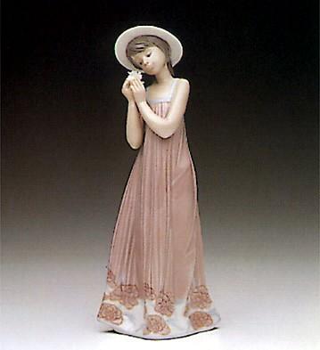 LladroCindy 1990-98 ***Porcelain Figurine