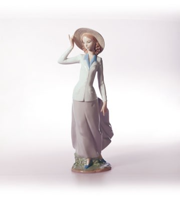 Lladro Breezy Afternoon Porcelain Figurine