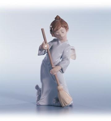 LladroAngel Sweep Away The Clouds 1990-02Porcelain Figurine