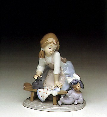 Lladro My Chores Porcelain Figurine