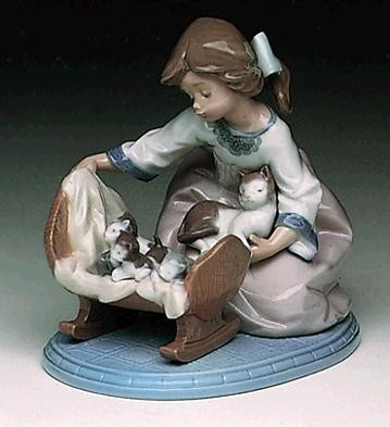 Lladro A Cradle Of Kittens 1991-97 Porcelain Figurine