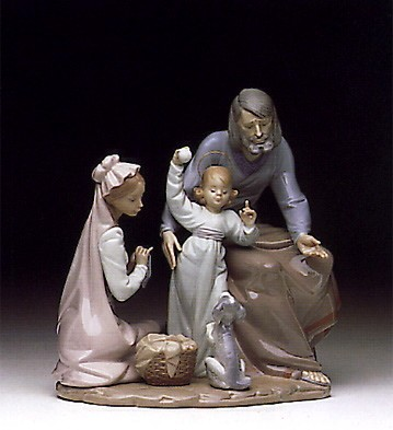 Lladro Loving Family 1992-94 Porcelain Figurine