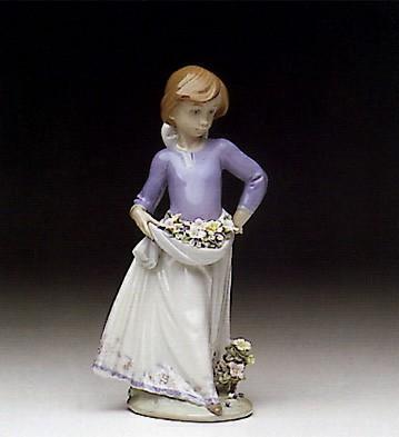 LladroPrecious Petals 1991-96Porcelain Figurine