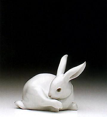 LladroPreening Bunny 1992-97