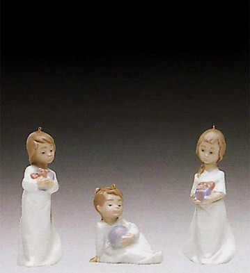 LladroChristmas Morning 1992Porcelain Figurine