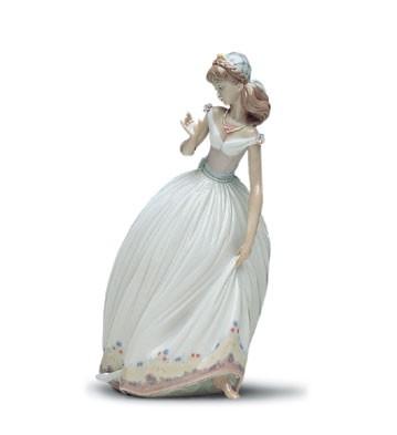 LladroThe Glass Slipper 1993-01Porcelain Figurine