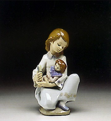 Lladro Thoughful Caress 1993-96 Porcelain Figurine