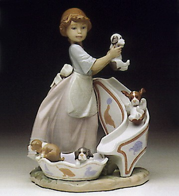 LladroDown You Go 1993-97Porcelain Figurine