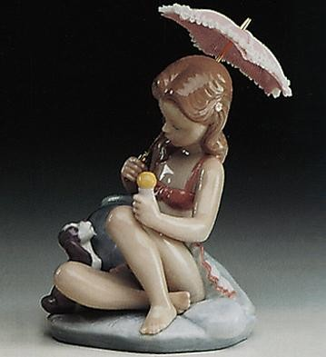 Lladro Monday's Child (girl) 1993-97 Porcelain Figurine