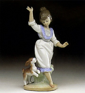 Lladro Wednesday's Child (girl) 1993-97 Porcelain Figurine