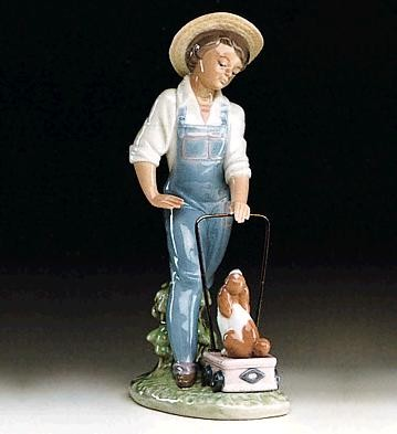 LladroSaturday's Child (boy) 1992-97Porcelain Figurine